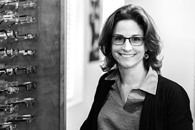 Dr. Julie Belanger